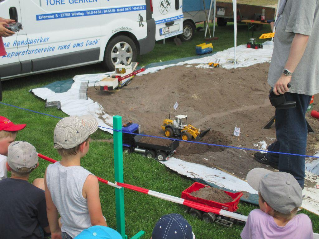 Infostand Bürgerverein Wüsting eV - Sport- und Dorffest Wüsting vom 04-07-2015
