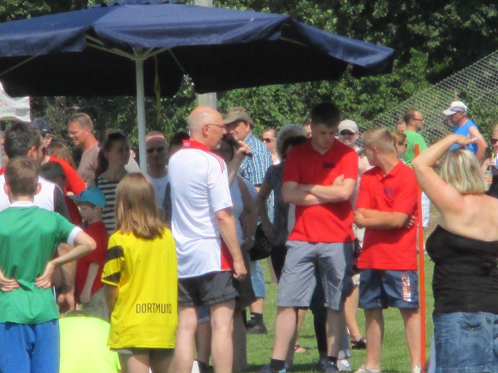 Sponsorenlauf - Sport- und Dorffest Wüsting vom 04-07-2015