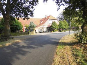 Grummersorter Dorfstraße - 27798 Hude